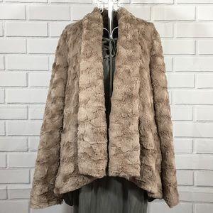 NWT Entro Mocha Faux Fur Long Sleeve Jacket